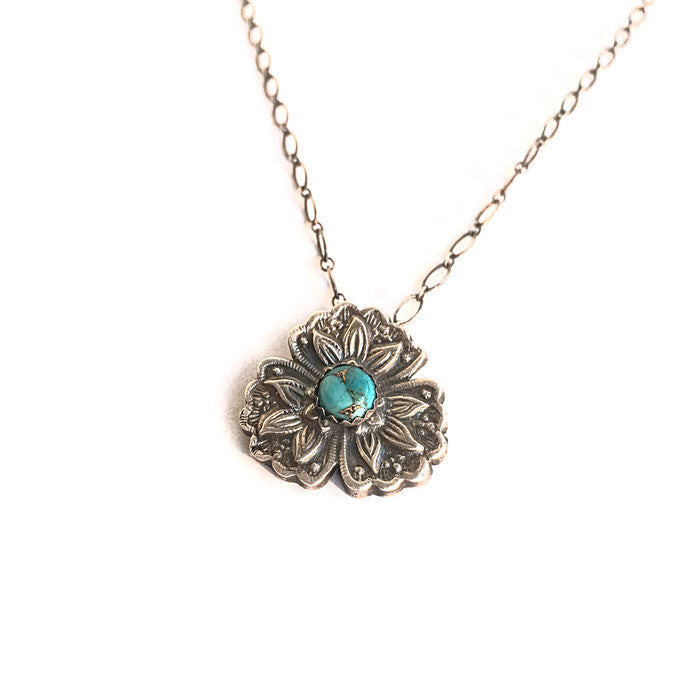 Delicate Flower Necklace with Turquoise