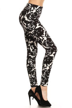 Load image into Gallery viewer, Black Roses Buttery Soft Leggings