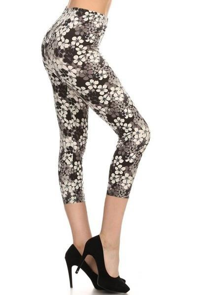 Black & White Floral Buttery Soft Capris