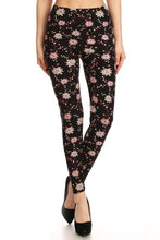 Load image into Gallery viewer, Pink Star Floral Buttery Soft Leggings