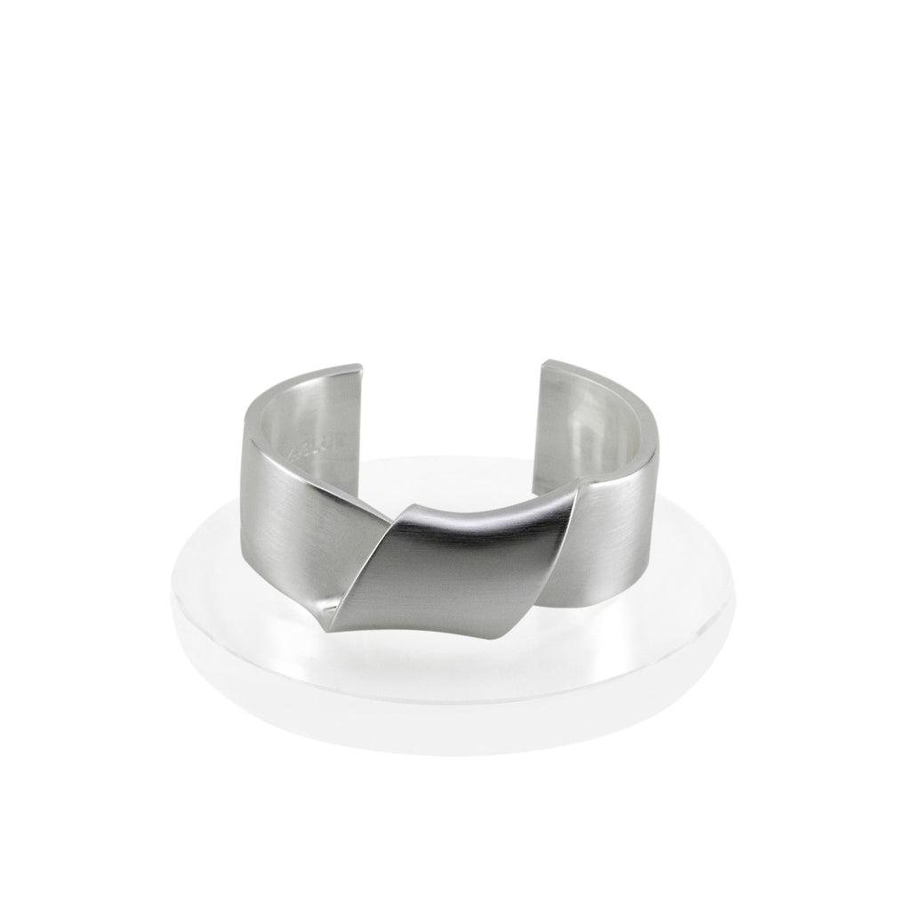 Sayulita Twist Cuff Bracelet - Silver - BLANK AND BLUE