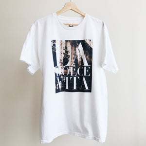 La Dolce Vita T-shirt - BLANK AND BLUE fb-feed