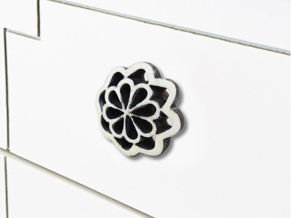 Fine Grate Drawer Knobs Handles and Knobs