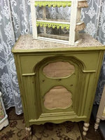 Holy Guacamole - Dixie Belle Chalk Mineral Paint Paint > Dixie Belle > Chalk Paint