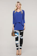 Load image into Gallery viewer, Black and Blue Abstract Leggings