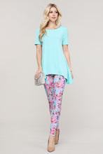 Load image into Gallery viewer, Pink and Aqua Abstract Leggings