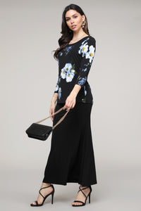 Black & Blue Floral Three-Quarter Sleeve Boatneck Top