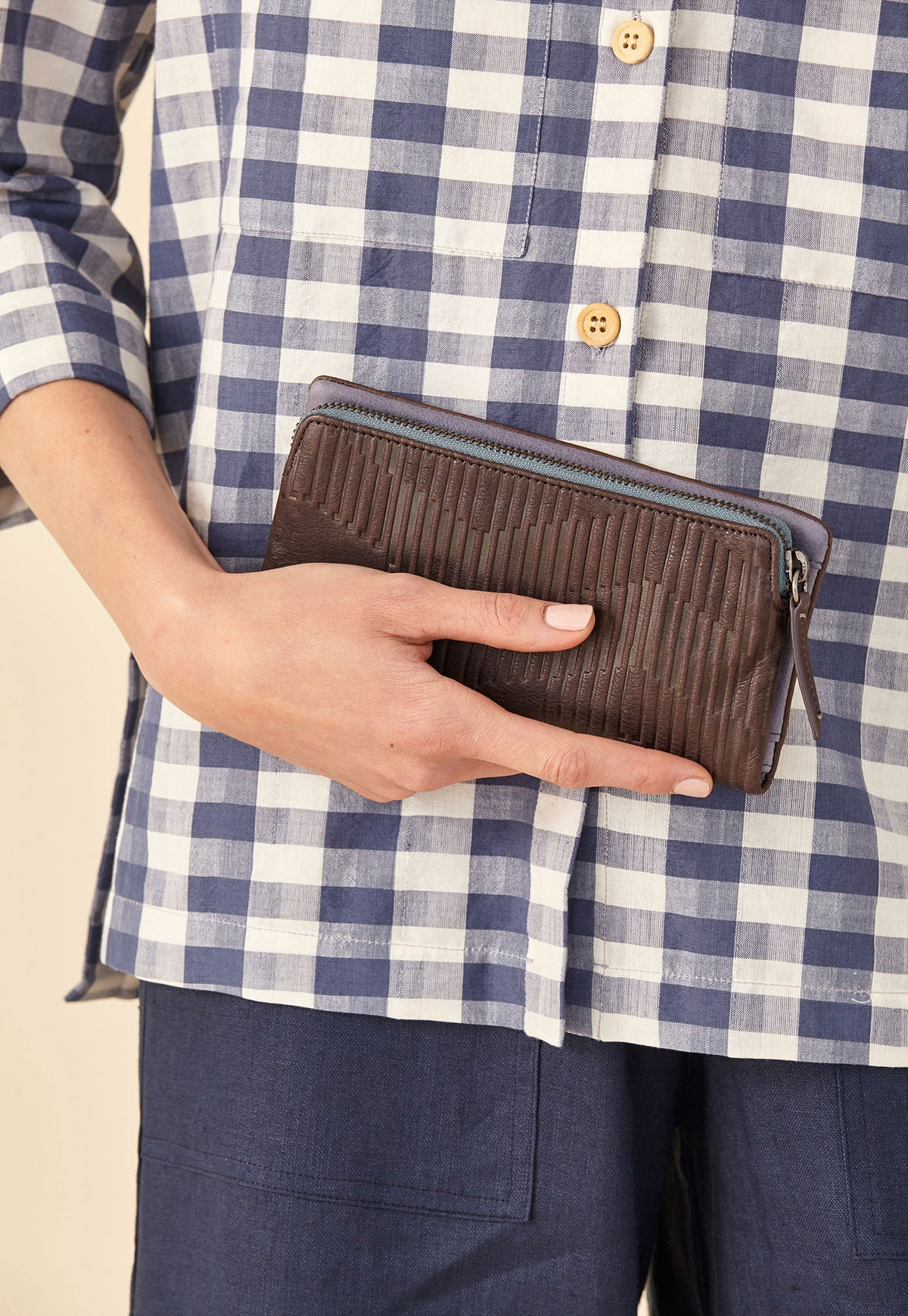 Apollo Wallet - Dark Chocolate
