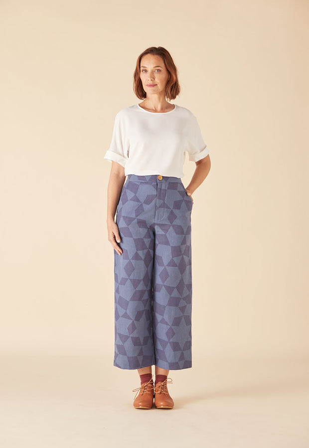 Cropped Pant - Denim Medina