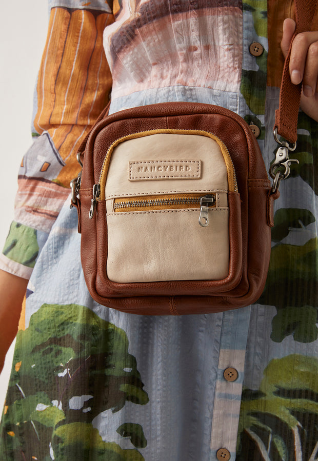 Kit Crossbody - Tobacco