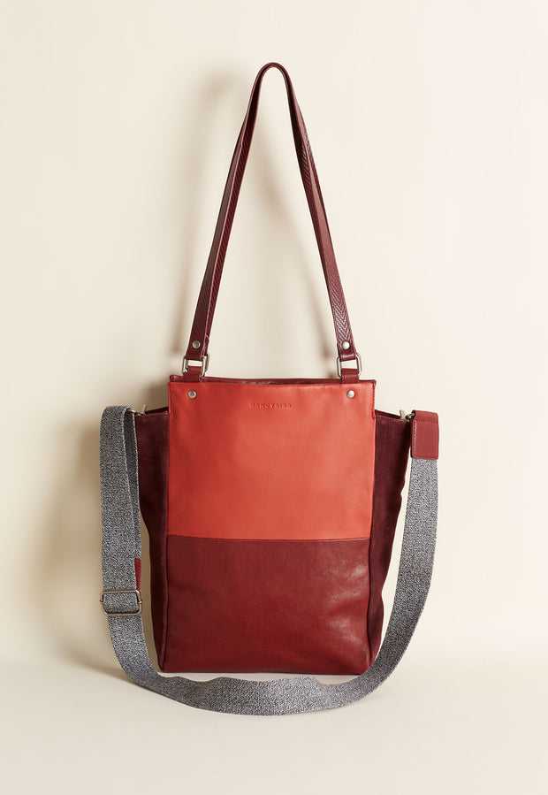 Vista Tote - Dark Berry