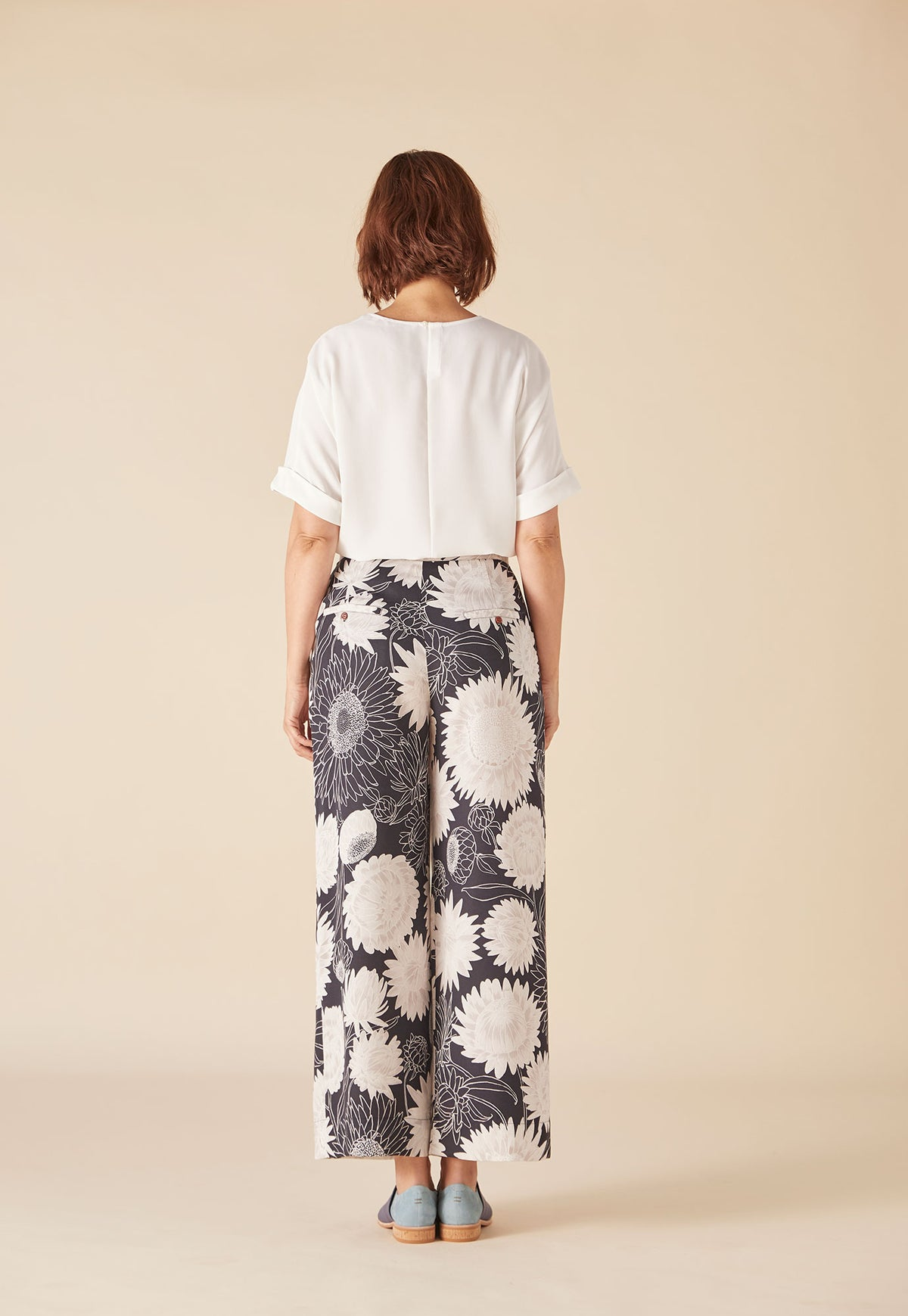 Wayfarer Pant - Night Daisy