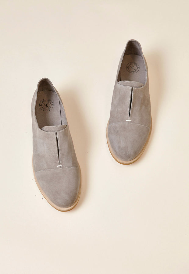 Wing Loafer - Grey Suede