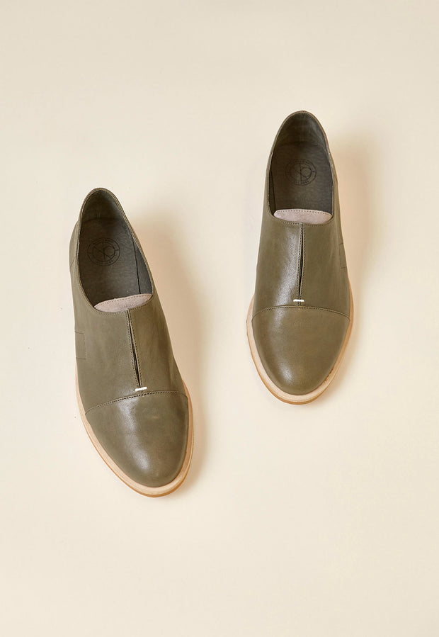 Wing Loafer - Olive