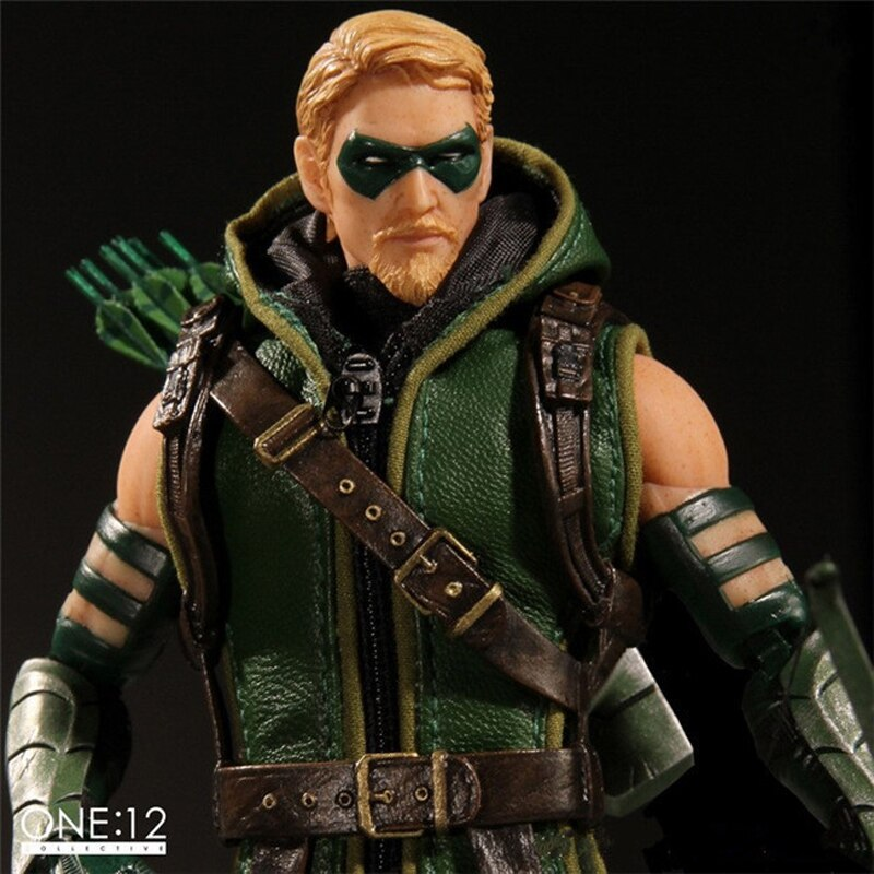 DC Comic's Green Arrow Collectible PVC Action Figure Toy (15cm)