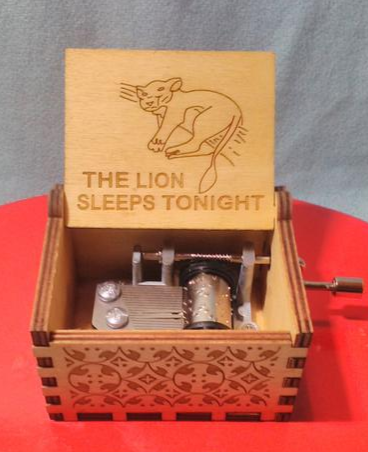 The Lion King - The Lion Sleeps Tonight - Music Chest