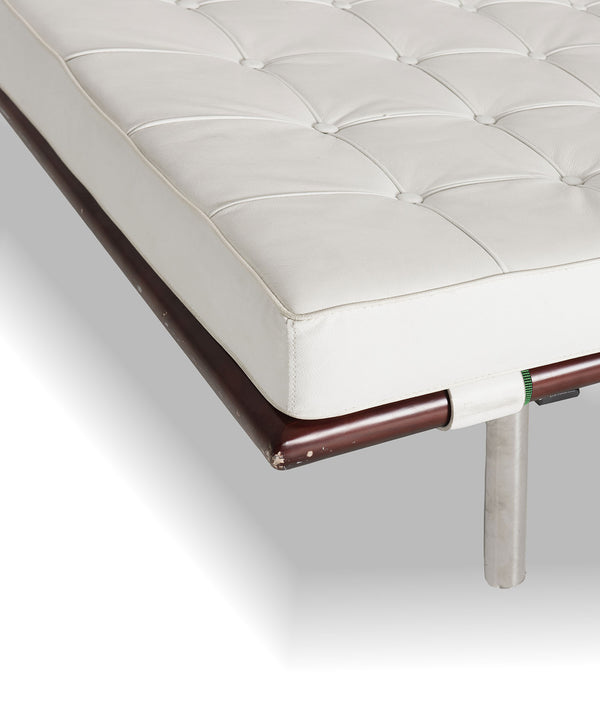 Daily bed Barcelona style- Cream/Walnut