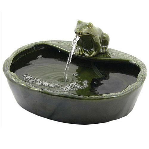 Ceramic Green Frog Solar Water Fountain