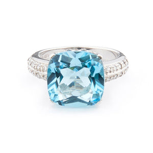 Wellington_&_North_Art_Deco_Jewellery_Rosalind_Cushion_Cut_Blue_Topaz_Cubic_Zirconia_925_Sterling_Silver_Ring_Front_View