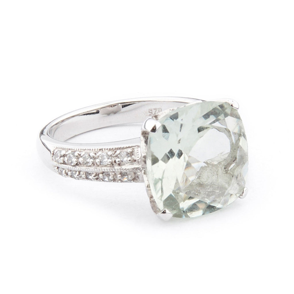 Wellington_&_North_Art_Deco_Jewellery_Rosalind_Cushion_Cut_Green_Amethyst_Cubic_Zirconia_925_Sterling_Silver_Ring_Side_View