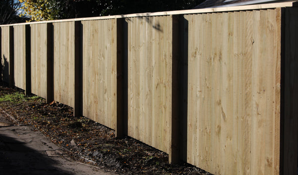 paling fence with cap and exposed posts