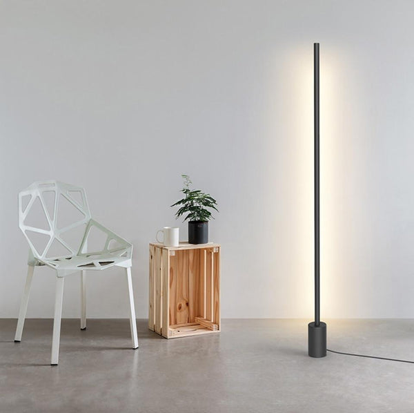 The Line | Minimalist Vertical Bar Light