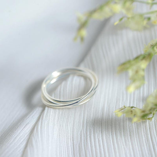 Minimalist 925 Sterling Silver Three Overlapping Rings, , Gifts for Designers, Clean minimal gifts for designers and creatives, gift, design, designer - Gifts for Designers, Gifts for Architects