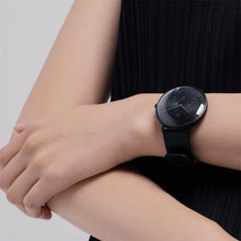 The Dubai- Minimalist Smart Watch with Pedometer, Automatic Time Calibration, and Vibration Reminder