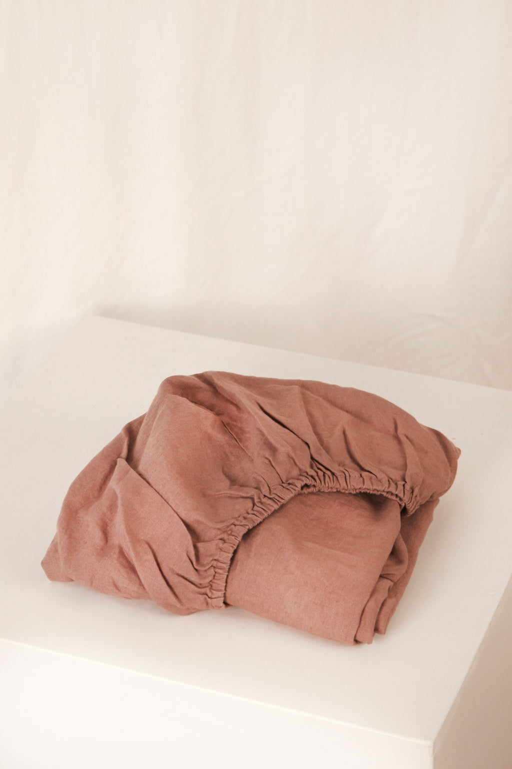 fitted cot sheet · rose