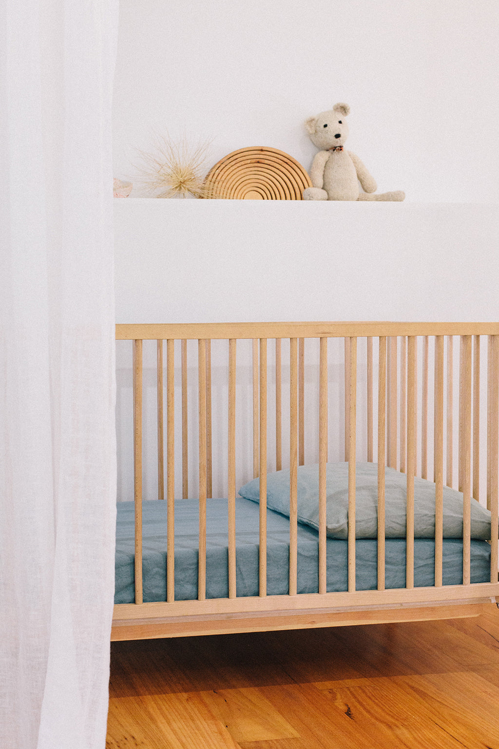fitted cot sheet · eucalyptus