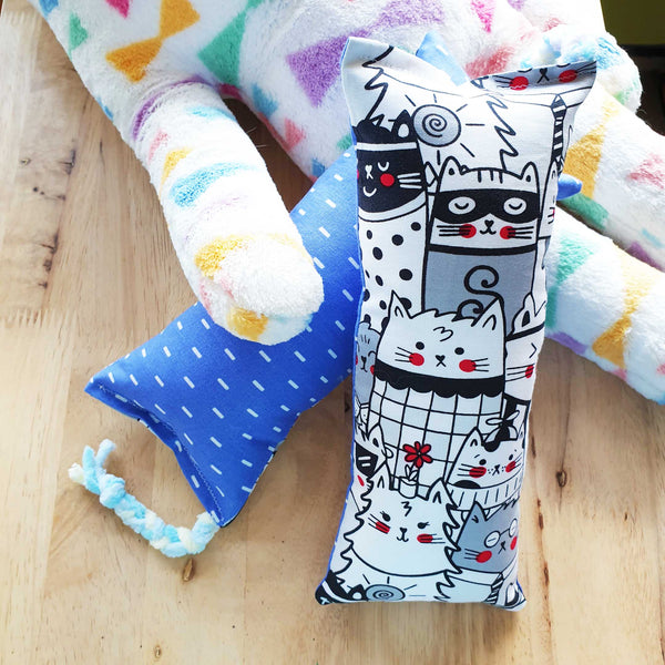 Doodle Cats Catnip & Silvervine Bolster - LARGE