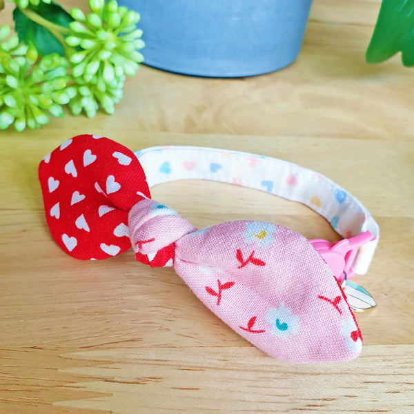 Sweet Pink Hearts Bow Cat Collar