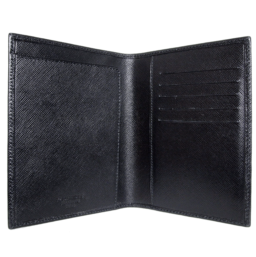 Saffiano Passport Sleeve Black - 72 Smalldive
