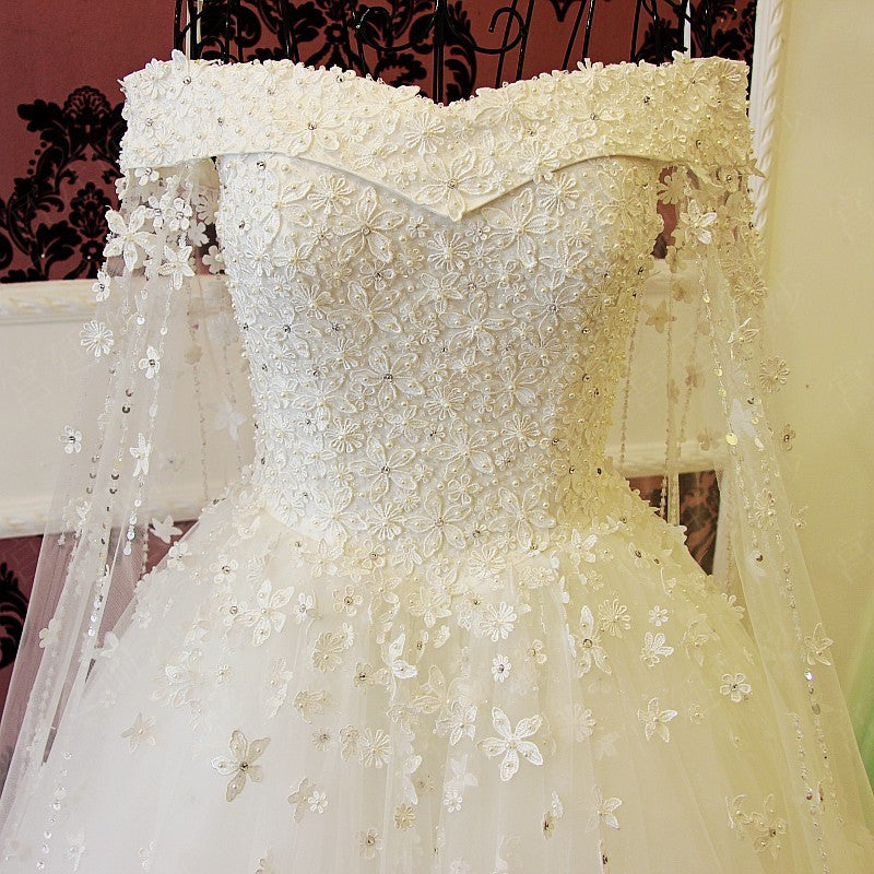 Off The Shoulder Long White Wedding Dress With Edge Lace Cathedral Veil Rental Mini 2 Days