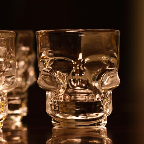 Skull Shot Glasses - Set of 4 - - Thumbs Up - Yellow Octopus