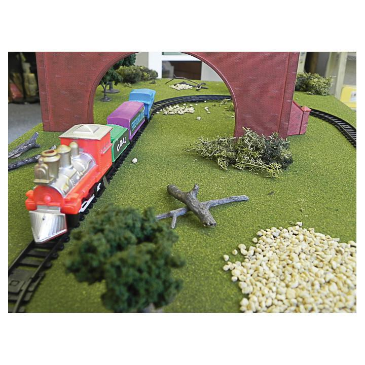 Apple To Pears Train Set In A Tin