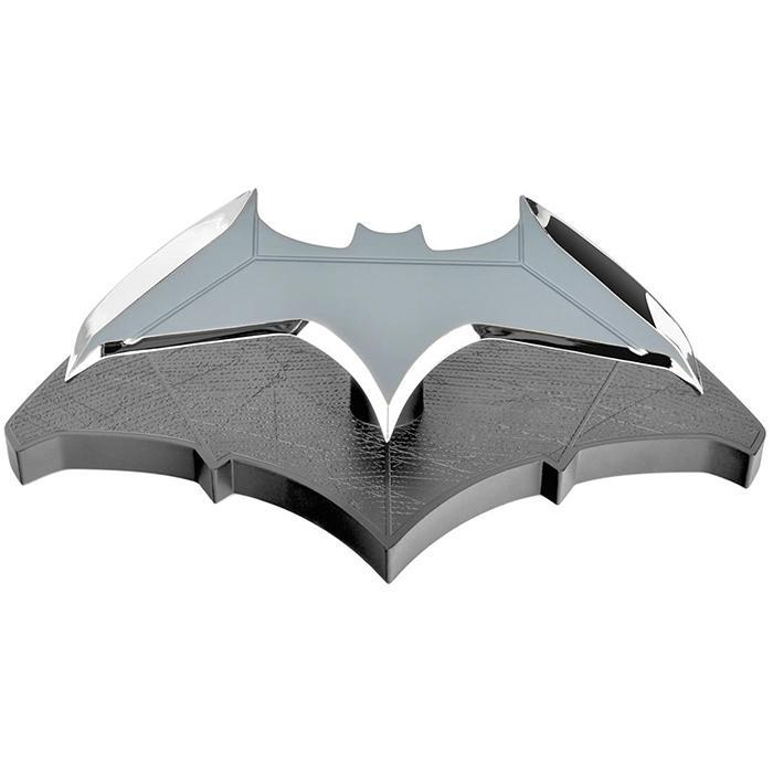 Batman Official Batman 1:1 Scale Replica Batarang