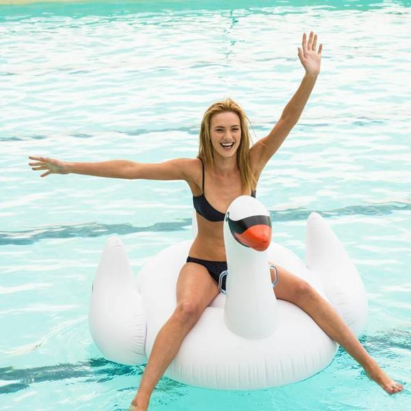 Sunnylife Sunnylife Giant Inflatable Swan Pool Toy