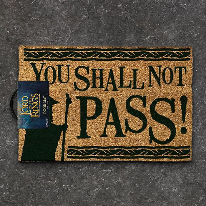 Lord Of The Rings Christmas Ornaments.Lord Of The Rings You Shall Not Pass Door Mat Pyramid