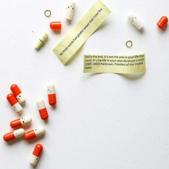 Happy Pills: Daily Inspirational Messages - 31 days - Short Story - Yellow Octopus