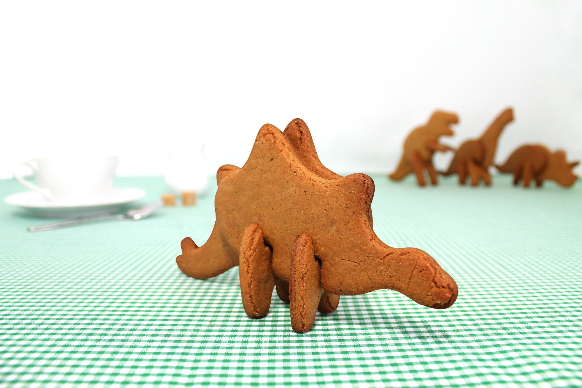 Dinosaur 3D Cookie Cutters | by Suck UK - Stegosaurus - SUCK UK - Yellow Octopus