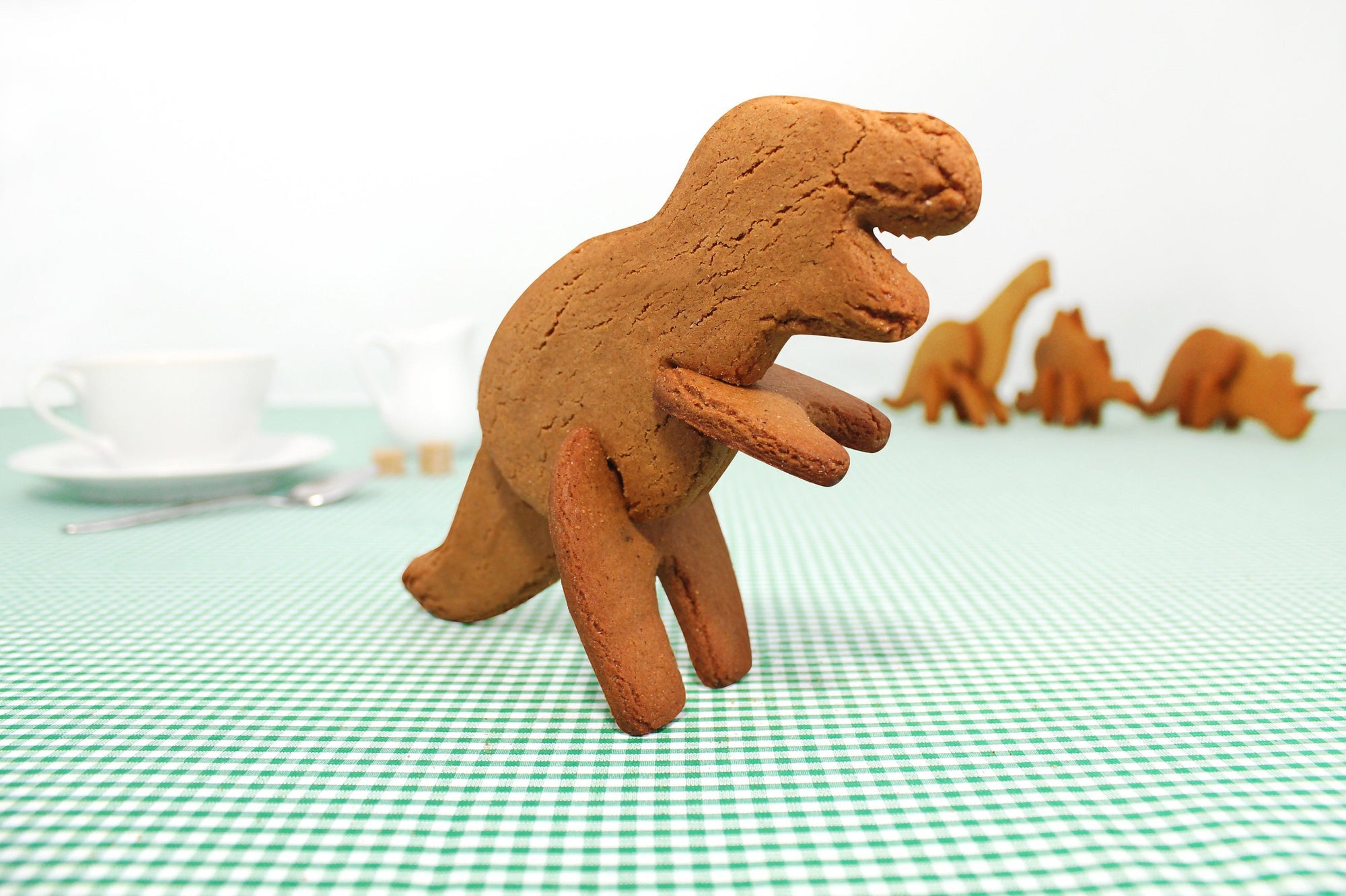 Dinosaur 3D Cookie Cutters | by Suck UK - T-Rex - SUCK UK - Yellow Octopus