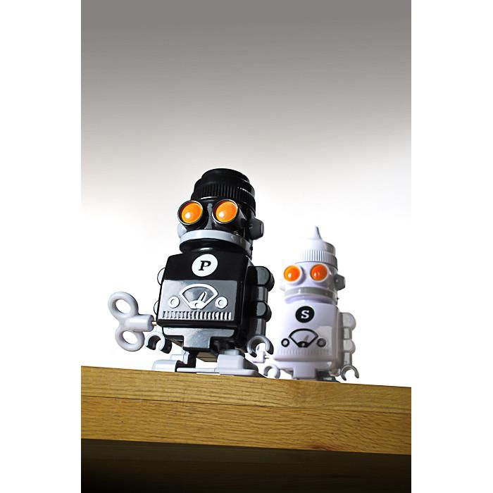 Salt & Pepper 'Bots: walking clockwork shakers | Suck UK - - SUCK UK - Yellow Octopus