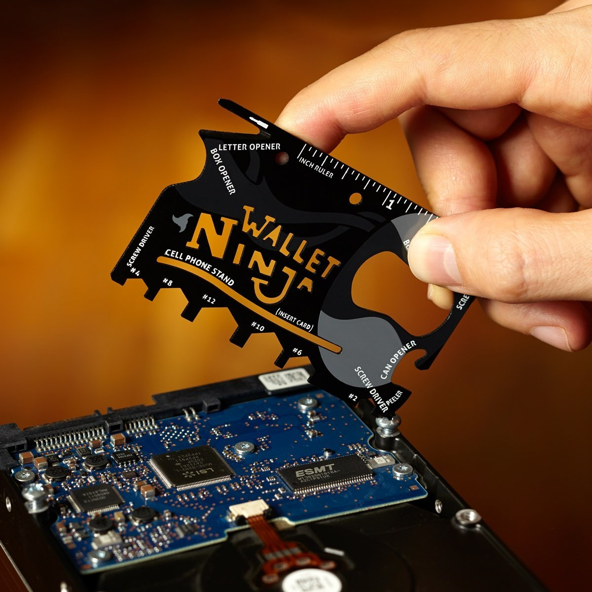 ThumbsUp! Wallet Ninja 18-in-1 Multi-tool Card