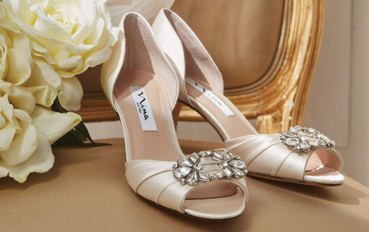 3 GIRLS CREAM GOLD SEQUIN BOW TRIM FORMAL BRIDESMAID PARTY SHOES size 1O