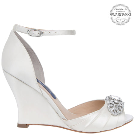 ROBINA-NEW SILVER SATIN