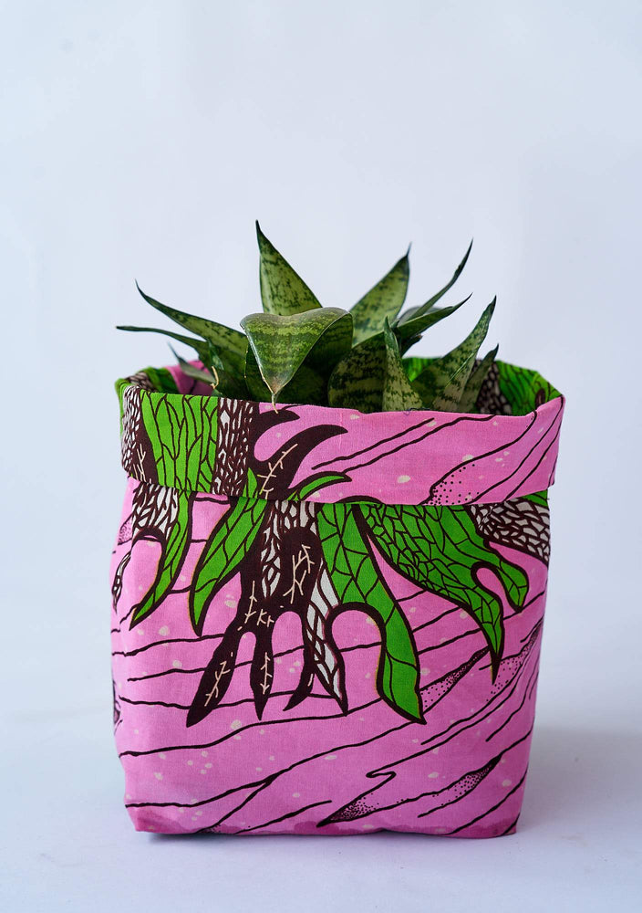 YEVU Accessories - Plant Life Pot Planter - Staghorn - Small