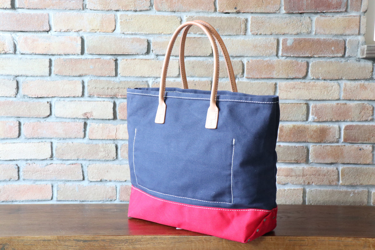 Day Tote:        Navy / Red