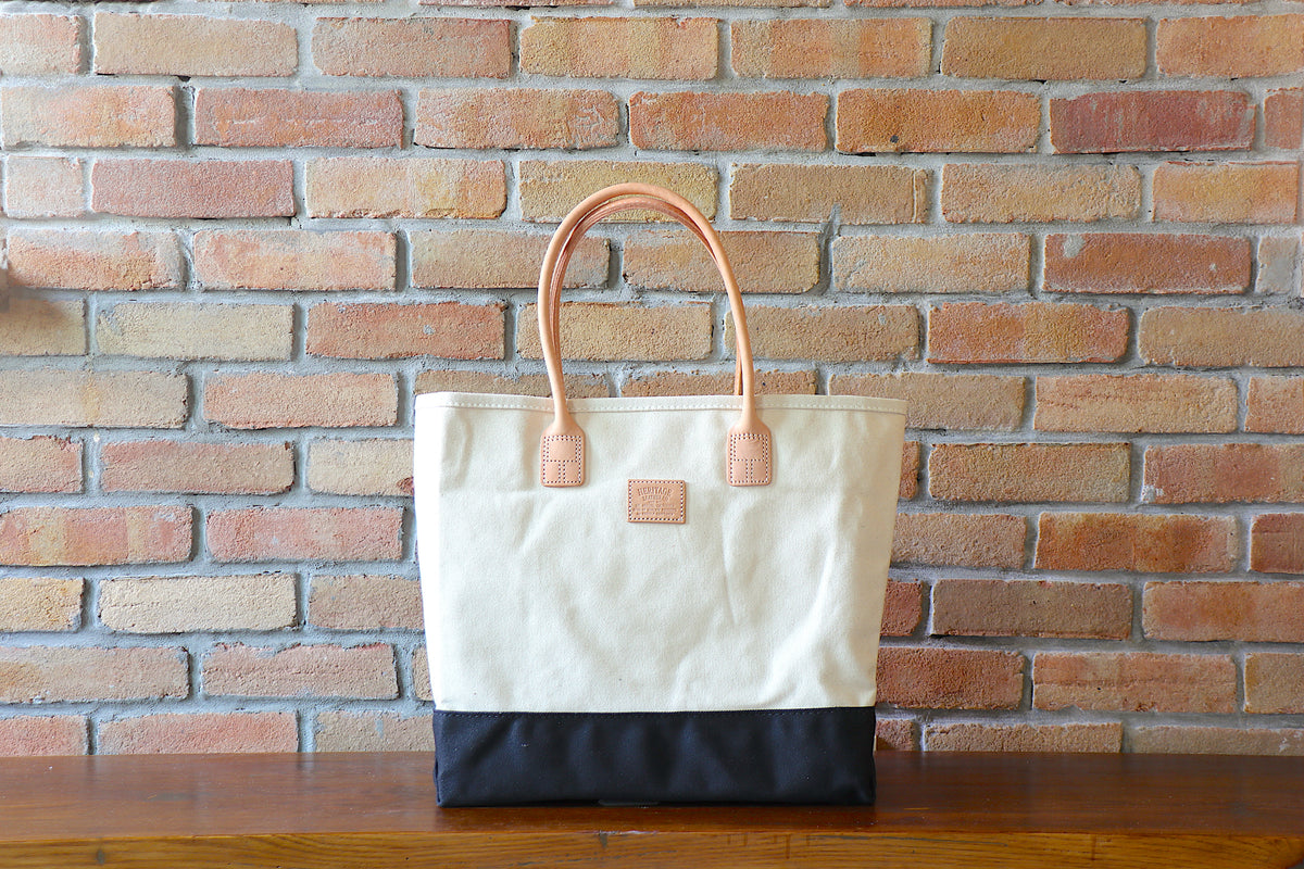 Day Tote: Natural / Black