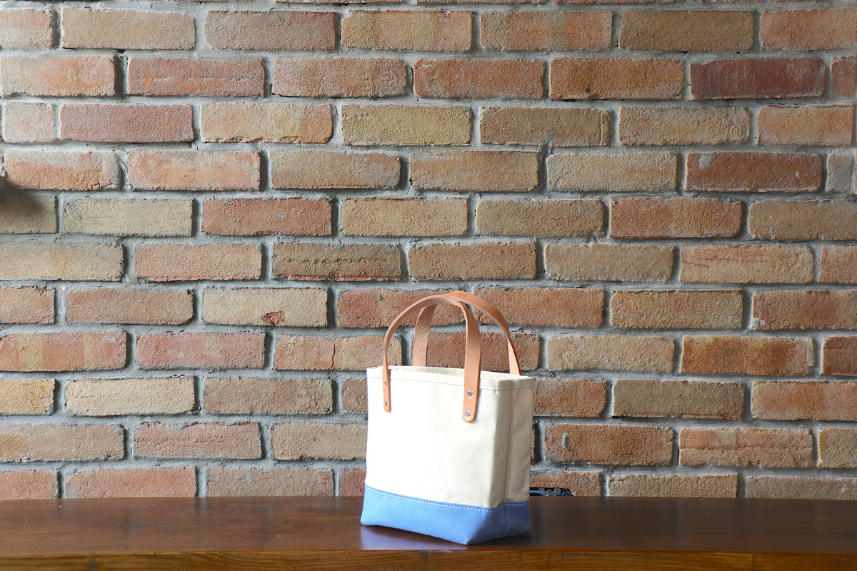 Mini Tote: Natural x Sky Blue